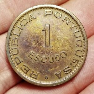 Portuguese Angola 1 escudo 1972 coin (toned)