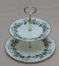 "Royal Worcester ""Lavinia"" (Bianco, Z2821) due Tier cake stand"