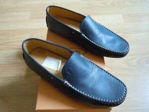 Tod's Men's Driving Moccasins. Size 7.