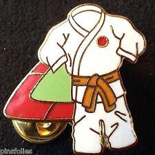 Pin's Folies *** Enamel badge Judo  Limited edition 125 ex.Ceinture Orange
