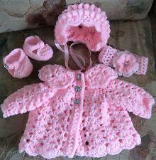 HAND Crochet Baby Cardigan COFANO Scarpe Cerchietto Taglia Neonato Romany