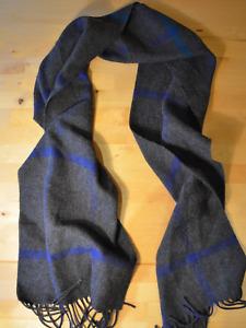 Vintage grey / blue stripe check scarf shawl tassel cosy knit winter retro wool?