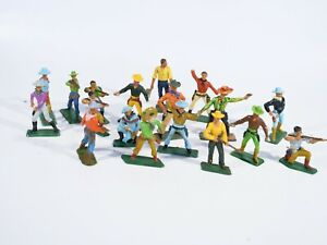 Starlux Bundle Of 18 Cow Boys Material Plastic 1/32