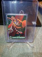 GIANNIS ANTETOKOUNMPO #121 ROOKIE sticker RC 2014-15 Panini NBA Basketball Foil