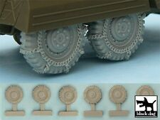 Black Dog 1/48 M8 / M20 Armored Utility Car Snowchained Wheels (Tamiya) T48042