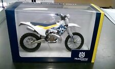 Gift boxed Newray Husqvarna TE 300 2017 model motocross bike toy scale 1:12