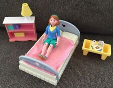 FISHER PRICE LOVING FAMILY Dollhouse Suprise Breakfast in Bed, Mom, Nightstand