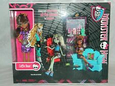 MONSTER HIGH COFFIN BEAN COFFEE HOUSE PLAYSET WITH CLAWDEEN WOLF DOLL MIP NEW