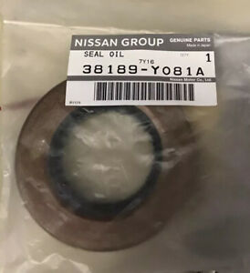 Genuine Nissan R200 Differential Pinion Seal  S13 S14 R32 R33 R34 WC34
