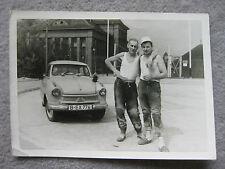 Vintage Oldtimer Auto Foto Bauarbeiter Kumpels Lloyd Borgward 50er gay ymca pkw