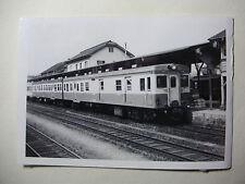 JAP715 - 1960s JNR JAPANESE NATIONAL RAILWAY - TRAIN PHOTO in STATION Japan