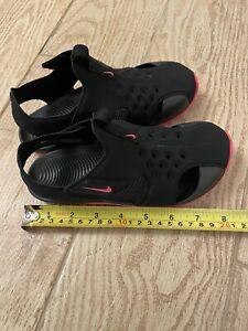 Girls Nike sandals size 1y