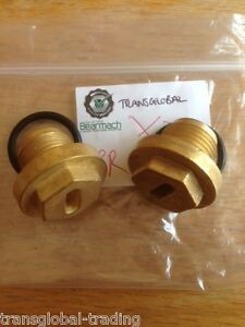 Land Rover Discovery 2 TD5 / V8 Front & Rear Brass Axle Bungs - Bearmach Brand