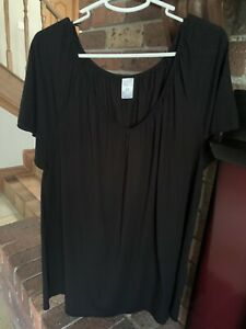 Plus size black tshirt Sz 22 as new
