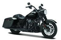 Harley-Davidson 2017 Road Rey Special Negro 1:12 Modelo de Motocicleta