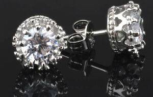 STUNNING PAIR OF SILVER PLATED STUDS WITH C/Z 009