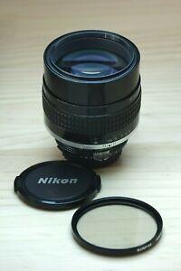Nikon Nikkor 105mm f1.8 Ai-s Lens Excellent Condition