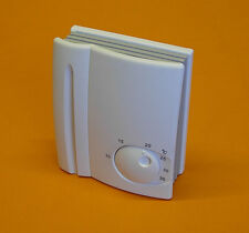 Celect Electronic Analogue Room Thermostat 240v 3.8Kw 16Amp Switching (ET09)
