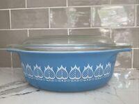 Vintage Pyrex Tulip Blue White 043 1-1/2 Qt Casserole Dish with Lid Promotional