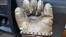 1938 Pete Reiser Denkert Buckleback Baseball Glove F127