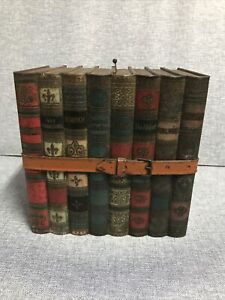 Vintage Huntley & Palmers Biscuit & Reading Book Stack Tin c 1903 London