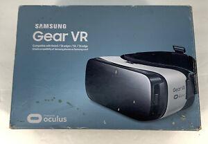 Samsung Gear VR Headset SM-R323