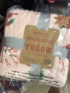 Berkshire Pink Cardinal Christmas Throw Decorative Blanket Holiday 60x80 NWT