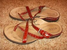 ECCO Sandals Red Patent Moc Croc Strappy Thong Shoes Womens Size 39