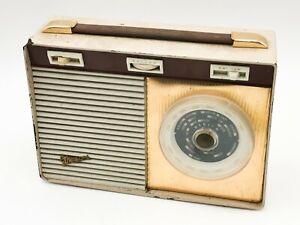 T172: VINTAGE G MARCONI RADIO RETRO COLLECTABLE . UNTESTED