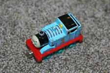 Thomas & Friends the Tank Engine Metal Diecast Train Magnetic 2002 Blue Red Toy