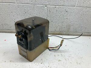 P2  Bennett V351 Hydraulic Power Trim Tab Pump 12V Unit Motor Reservoir