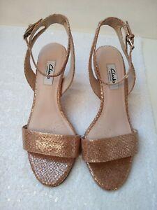 CLARKS NARRATIVE sandals size D rose gold ankle strap mid heel smart party