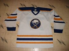 VINTAGE BUFFALO SABRES ULTRA-FIL HOCKEY JERSEY MASKA SIZE MENS MEDIUM-44 NICE 77