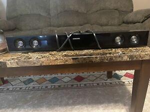 Samsung Soundbar HW-E350/ZA