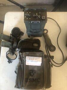 Vintage Vietnam era CRT-1/CPRC-26 Transmitter/ Receiver  Radio