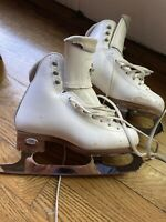 Riedell Flair Girls Figure Skates Size 13W- Coronation Ace Blades Size 8.25""