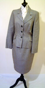 Genuine Designer Grey Check Skirt Suit by Petrovitch & Robinson, Paris. UK 14