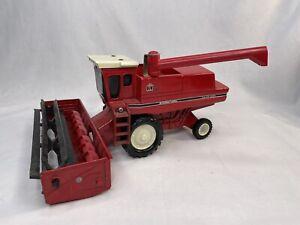Vintage 1978 Ertl 1:32 International Harvester Axial Flow Combine, Used