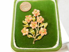 Vintage Faux Salmon Coral Carved Rose Flower Gold tone Brooch Pin 6b 97