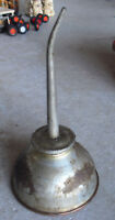 """Vintage Early 1900s Metal Oiler Oil Can Dispenser 6 1/2"""" Tall"""