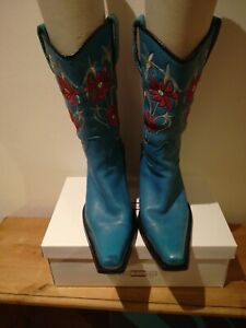 Cowgirl Ladies Boutique Handcrafted  Boots