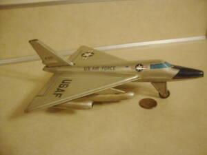 Vtg Tin Friction Toy USAF U.S. Air Force Plane Jet Line Mar Japan Era Marx Works