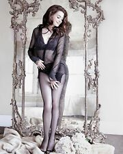 Anne Hathaway 8x10 Hollywood Celebrity Photo. 8 x 10 Color Picture #2