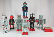 RARE COMPLETE SET OF 7 CERAMIC ROBOTS - DITTO REPRODUCTIONS LTD  ENGLAND 1984/85