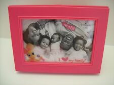"Hallmark Singing ""I Heart My Family"" musical Pink Picture (4"" x 6"") Frame - New"