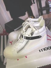 Moow Boots Size 6