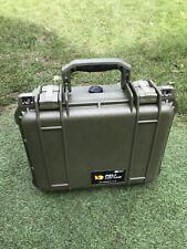 Tough Militaire Dure PELICASE 1400-Peli 1400 Case vert RARE BRAND NEW