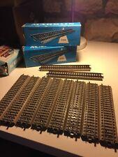 Deux boîtes de 10 rails Märklin (20 en tout) référence 5106