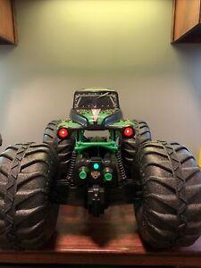 Monster Jam Mega Grave Digger 1:6 Scale All-Terrain RC Monster Truck  w/ Remote!