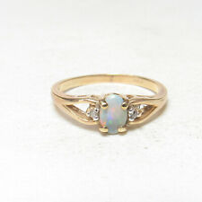 Estate 14K Yellow Gold 0.25 Ct Natural Oval Colorful Opal And Diamond Ring